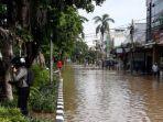 kabar-buruk-bagi-warga-jakarta-pln-padamkan-1130-gardu-gegara-banjir-cek-wilayah-terdampak.jpg