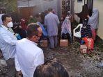 kadin-provinsi-sulawesi-selatan-menyerahkan-bantuan-100-paket-sembako-1.jpg
