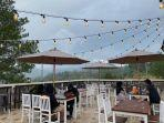 kafe-resto-titik-nol-di-malino-kabupaten-gowa-sulawesi-selatan.jpg