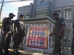 kantor-bps-di-jl-wahidin-sudirohusodo-kelurahan-macanang-ditutup-sementara.jpg