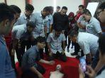 karyawan-galesong-group-dilatih-beri-pertolongan-pertama-korban-henti-jantung-nafas.jpg