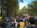 kawasan-wisata-malino-kabupaten-gowa-sulawesi-selatan-minggu-2162020-ramai-pengunjung.jpg