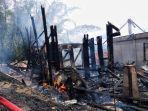 kebakaran-di-tongkonan-pata-lembang-langda-kecamatan-sopai-toraja-utara-76.jpg