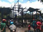 kebakaran-rumah-panggung-di-desa-bulujaya-kecamatan-bangkala-barat-kabupaten-jeneponto.jpg