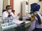 kepala-lldikti-wilayah-ix-sulawesi-prof-dr-jasruddin-msi-saat-menguji-taruni.jpg