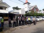 kepolisian-resor-maros-bersama-personil-kodim-1422-maros-menyiagakan-puluhan-personel.jpg