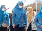ketua-pkk-kabupaten-jeneponto-hamsiah-iksan-rabu-2142021.jpg