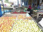 kios-seorang-pedagang-di-pasar-palakka-kecamatan-tanete-riattang-barat-bone.jpg
