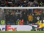 kiper-italia-gianluigi-donnarumma-menepis-penalti-alvaro-morata-berikut-hasil-italia-vs-spanyol.jpg