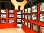 knpi-toraja-utara-pamerkan-100-foto-peristiwa-98-di-art-center-rantepao.jpg