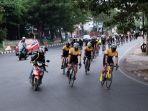 komunitas-sepeda-makassar-cycling-club-mcc-melintas-di-pangkep-minggu-2792020-1.jpg<pf>komunitas-sepeda-makassar-cycling-club-mcc-melintas-di-pangkep-minggu-2792020.jpg<pf>makassar-cycling-club-mcc-melintas-di-kota-parepare.jpg