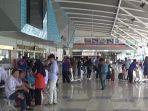 kondisi-bandara-sultan-hasanuddin-makassar-belum-padat.jpg