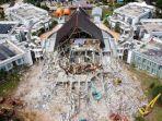 kondisi-gedung-kantor-gubernur-sulawesi-barat-yang-terekam-menggunakan-kamera-drone-2232021.jpg