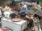 kondisi-rumah-yang-roboh-milik-dg-nunu-akibat-banjir-bantaeng.jpg