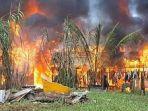kota-sorong-kembali-membara-warga-mengamuk-dan-membakar-rumah-ternyata-ini-pemicunya.jpg
