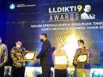 lldikti-ix-awards-apresiasi-kinerja-perguruan-tinggi-swasta-lldikti.jpg