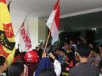 mahasiswa-majene-menggelar-aksi-unjuk-rasa.jpg