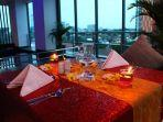 management-hotel-arthama-losari-menawarkan-paket-romantic-dinner.jpg