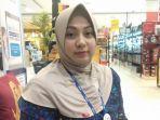 manager-store-informa-pettarani-hania-syarifuddin.jpg