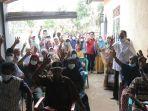 masyarakat-bontotiro-kabupaten-bulukumba-kembali-bersilaturahmi-dengan-tomy.jpg