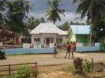 masyarakat-segel-kantor-desa-era-baru-kecamatan-tellulimpoe.jpg