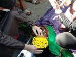 mayat-perempuan-yang-ditemukan-di-pantai-kampung-tamalangnge-bantaeng-senin-2862021.jpg