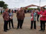menteri-bumn-rini-suwandi-dan-erwin-aksa_20180702_151510.jpg