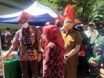 menteri-pariwisata-dan-ekonomi-kreatif-republik-indonesia-sandiaga-uno-tiba-di-desa-pao.jpg