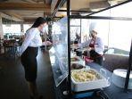 menu-nasi-siram-tengah-diperkenalkan-manajemen-swiss-belhotel-makassar.jpg