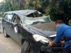 mobil-dinas-kajari-pinrang_20180326_130430.jpg
