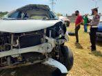 mobil-kecelakaan-tunggal-di-tol-layang-dievakuasi.jpg