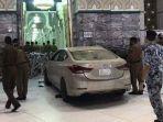 mobil-penabrak-gerbang-masjidil-haram.jpg