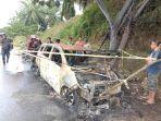 mobil-terbakar-di-desa-lariang-kecamatan-tikke-pasangkayu.jpg