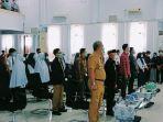 muslimin-bando-membuka-secara-resmi-seminar-literasi-yang-digelar-himaprodi-pbsi.jpg