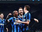 nicolo-barella-kanan-saat-merayakan-golnya-bersama-pemain-inter-milan.jpg