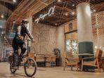 nipah-mall-menyediakan-beberapa-titik-tempat-parkir-sepeda.jpg