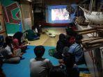 nonton-bareng-film-dokumenter-eksepedisi-indonesia-biru.jpg