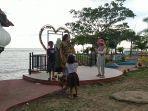 pantai-seruni-kabupaten-bantaeng-banyak-dikunjungi-wisatawan-minggu-312021.jpg