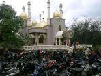 pantauan-masjid-megah-di-tengah-hutann.jpg