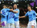 para-pemain-manchester-city-merayakan-gol-1.jpg