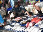 pasar-ikan-lelong-makassar-jl-rajawali.jpg