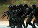 pasukan-khusus-tni-ke-sigi-1-30112020.jpg