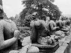 patung-tanpa-kepala-dari-stupa-terbesar-candi-borobudur.jpg