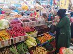 pedagang-bahan-pokok-di-pasar-tramo-maros-najmawati-362020.jpg