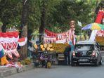 pedagang-bendera-mulai-memadati-jl-ap-pettarani-makassar-minggu-282020-1.jpg