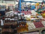 pedagang-sembako-ismail-di-pasar-tradisional-modern-maros-kecamatan-turikale-kabupaten-maros.jpg
