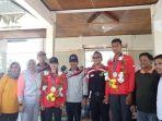 pejabat-luwu-utara-foto-bareng-atlet-asian-games_20180909_142834.jpg