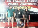 pelaku-pencurian-laptop-ditangkap-tim-pengasus-polres-jeneponto-selasa-382021.jpg