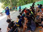 pelatih-kepala-tim-sepak-bola-wajo-untuk-pra-porda-2021-muhammad-gusri.jpg
