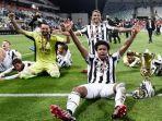 pemain-juventus-merayakan-kemenangan-copa-italia.jpg